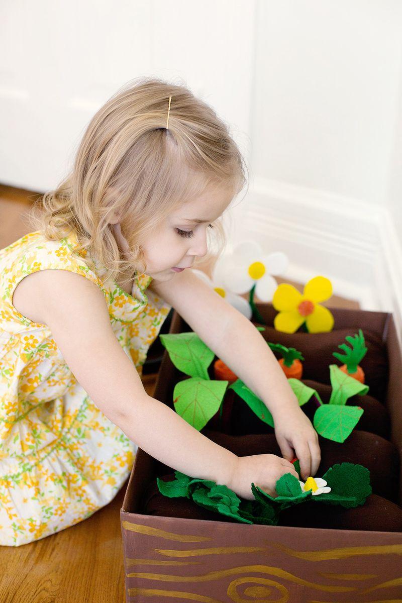 DIY Felt Garden Box