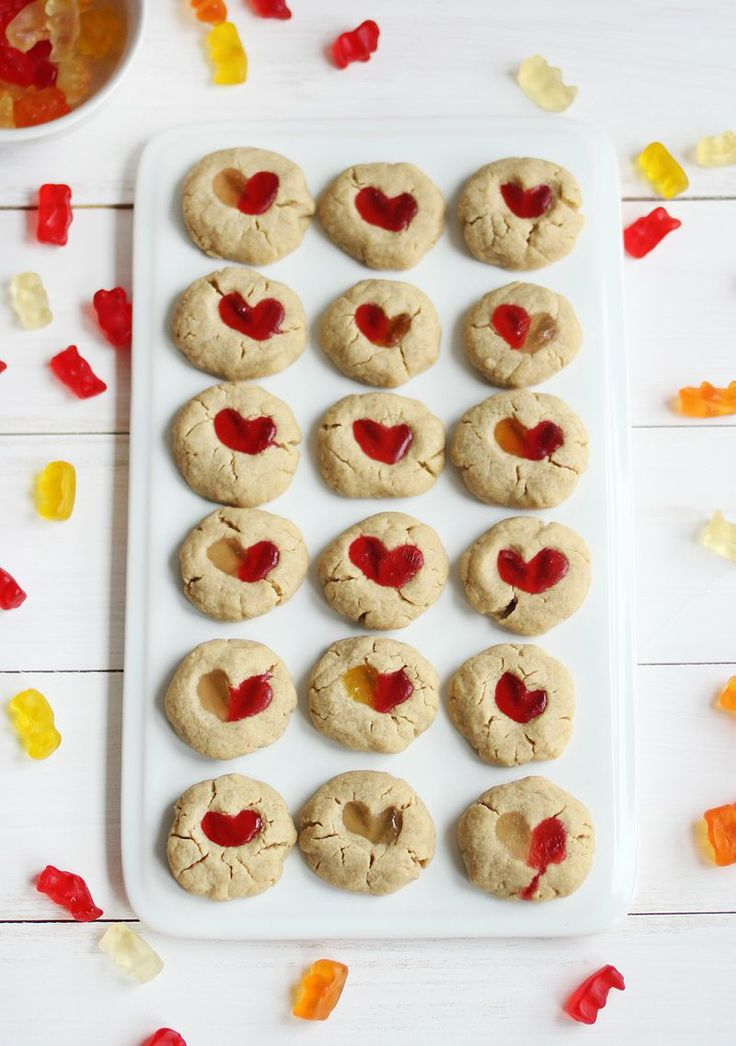 Gummy bear cookies
