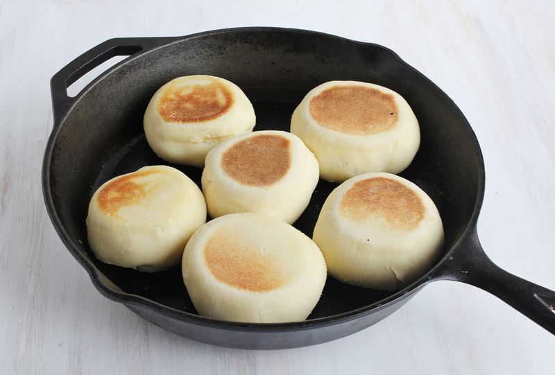 How to make english muffins at home