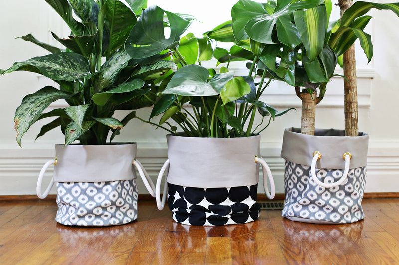 Fabric Planter DIY (click through for tutorial)