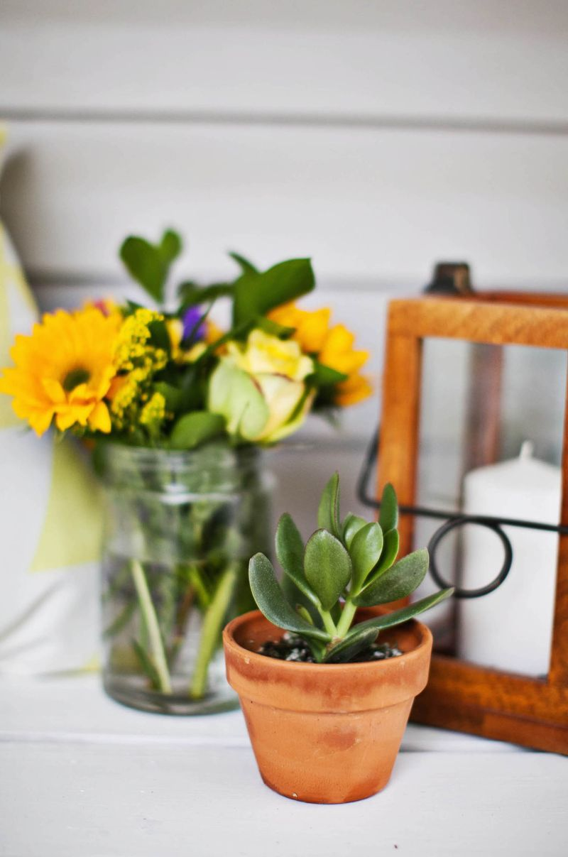 Parties are the perfect excuse to buy fresh flowers