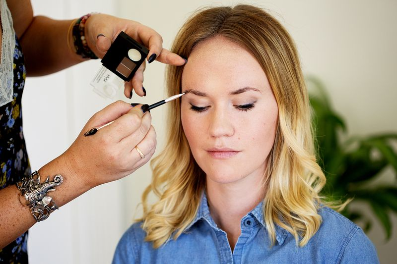 How To Fill In Your Eyebrows Like A Pro A Beautiful Mess