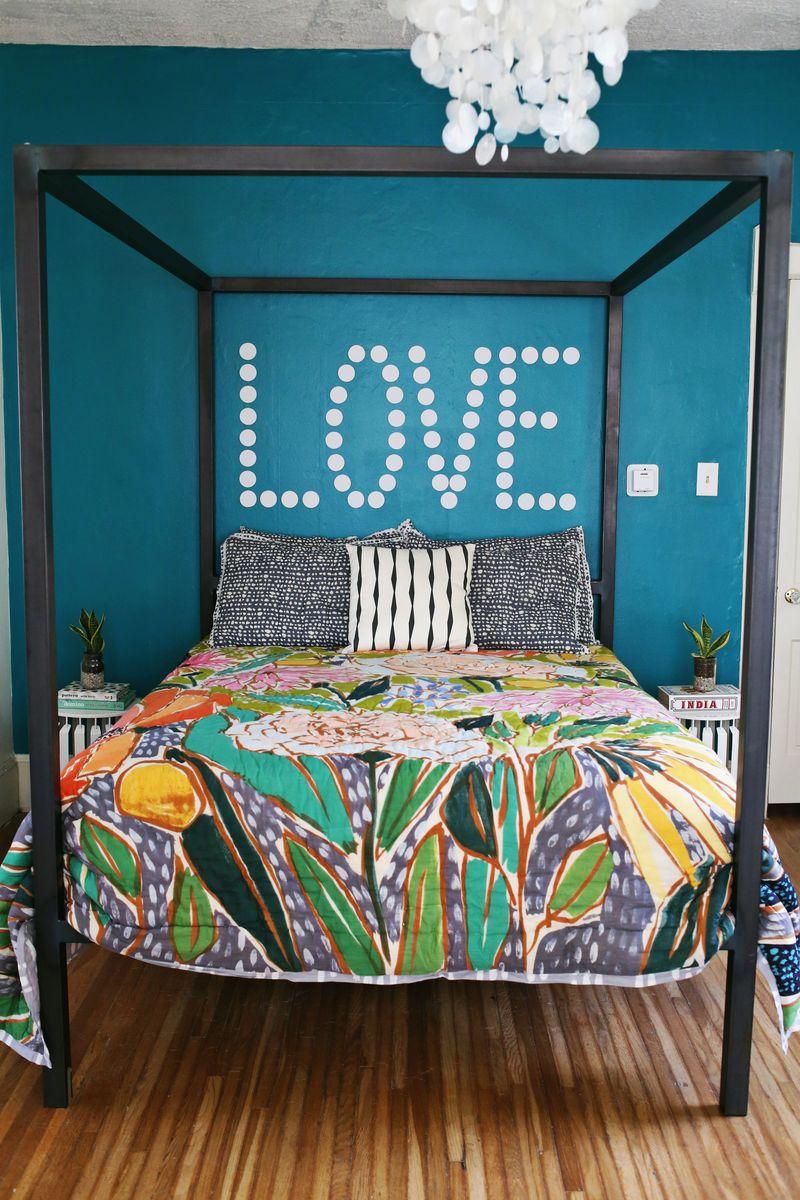 A bright bedroom update! via Spiegeling