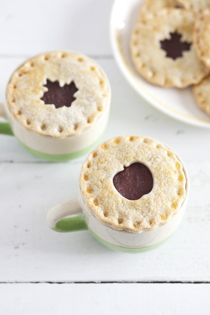 Pie crust cookies— so easy and cute!