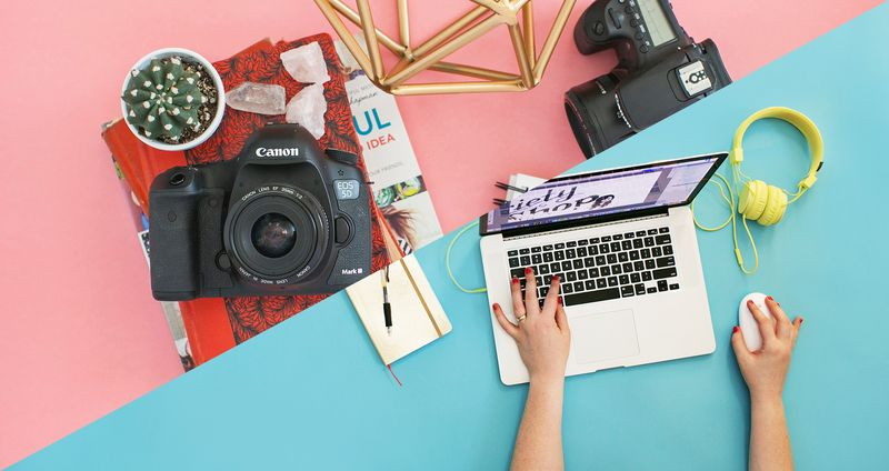 DSLR Basics and Photoshop E-Courses at shop.abeautifulmess.com