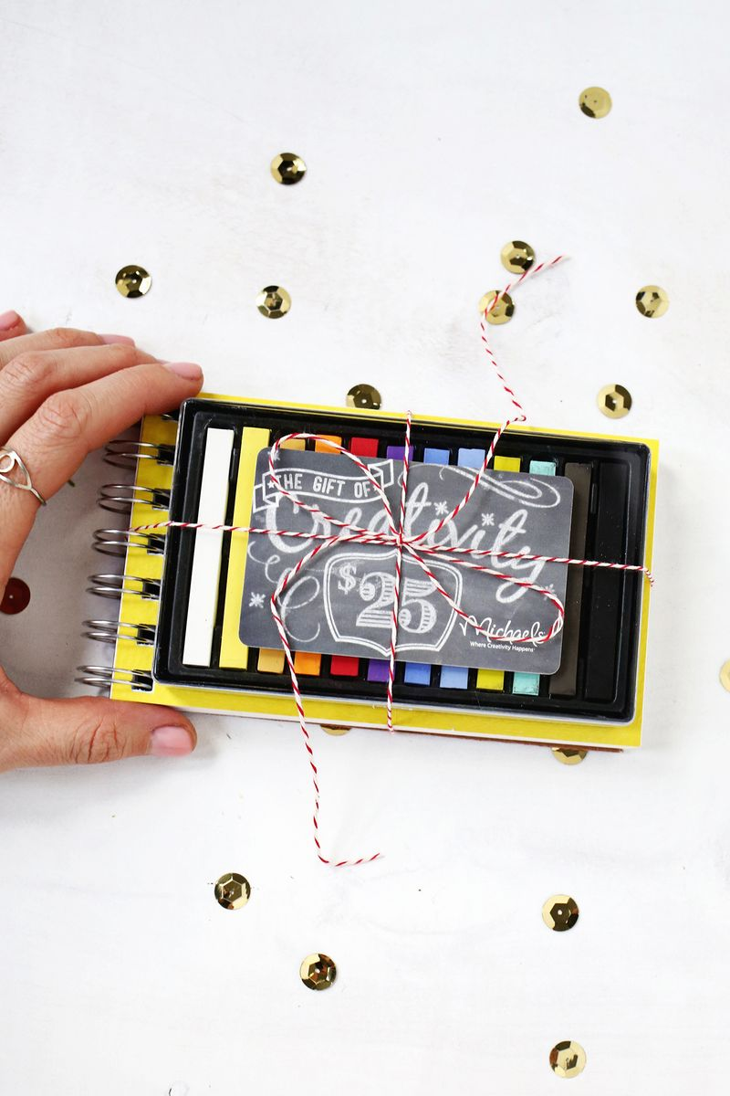 Totally doing these this year! 5 Creative Ways to Wrap Gift Cards (click through for more)
