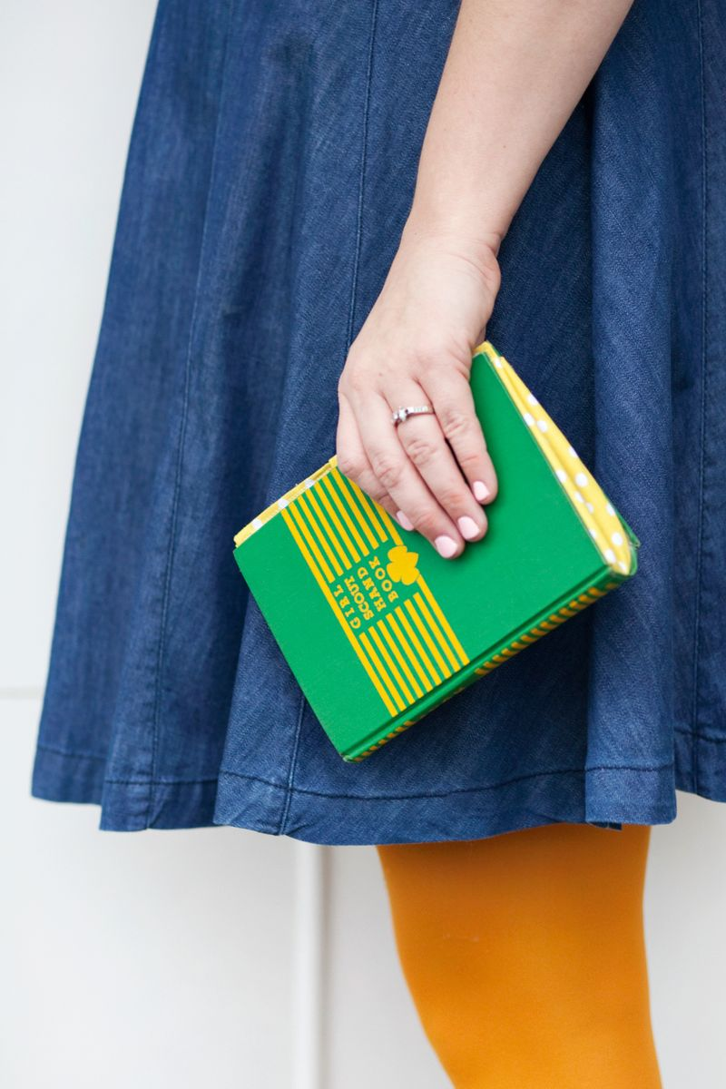 Turn an Old Book into a New Purse - A Beautiful Mess 3f4a1ddf3e6a6