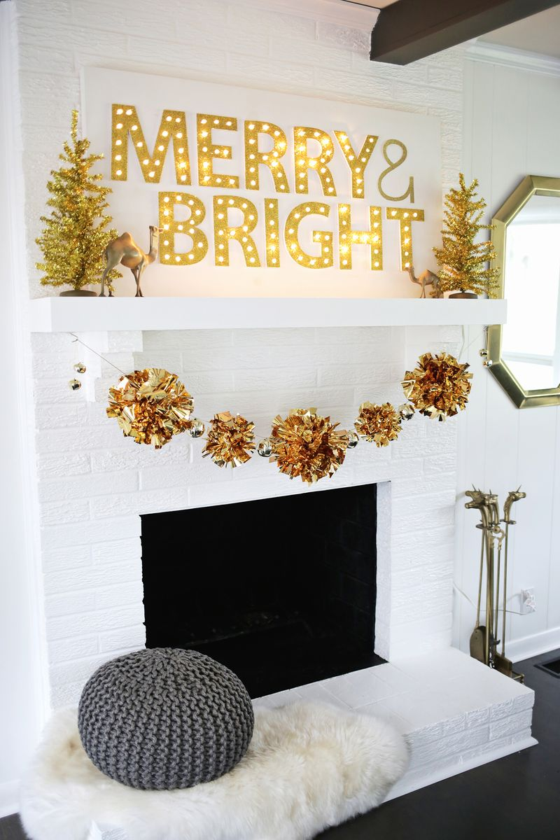 Love this holiday garland DIY! (click through for tutorial)