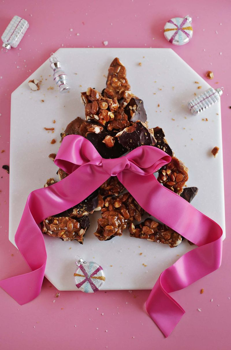 Dark Chocolate Almond Brittle (via abeautifulmess.com)