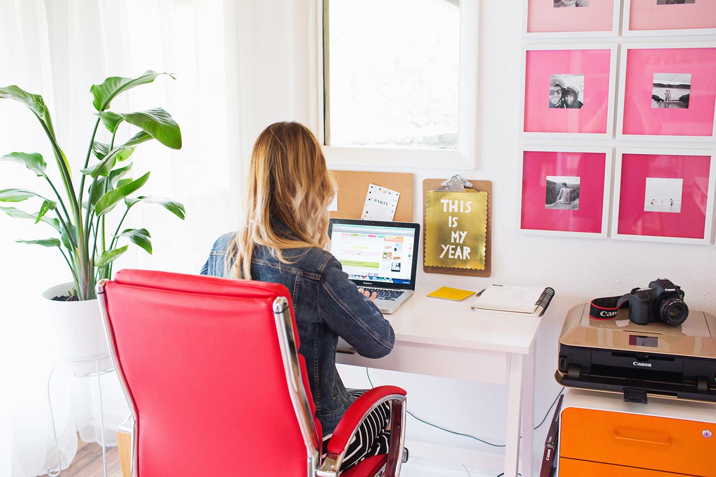 Emma's home office (via abeautifulmess.com)