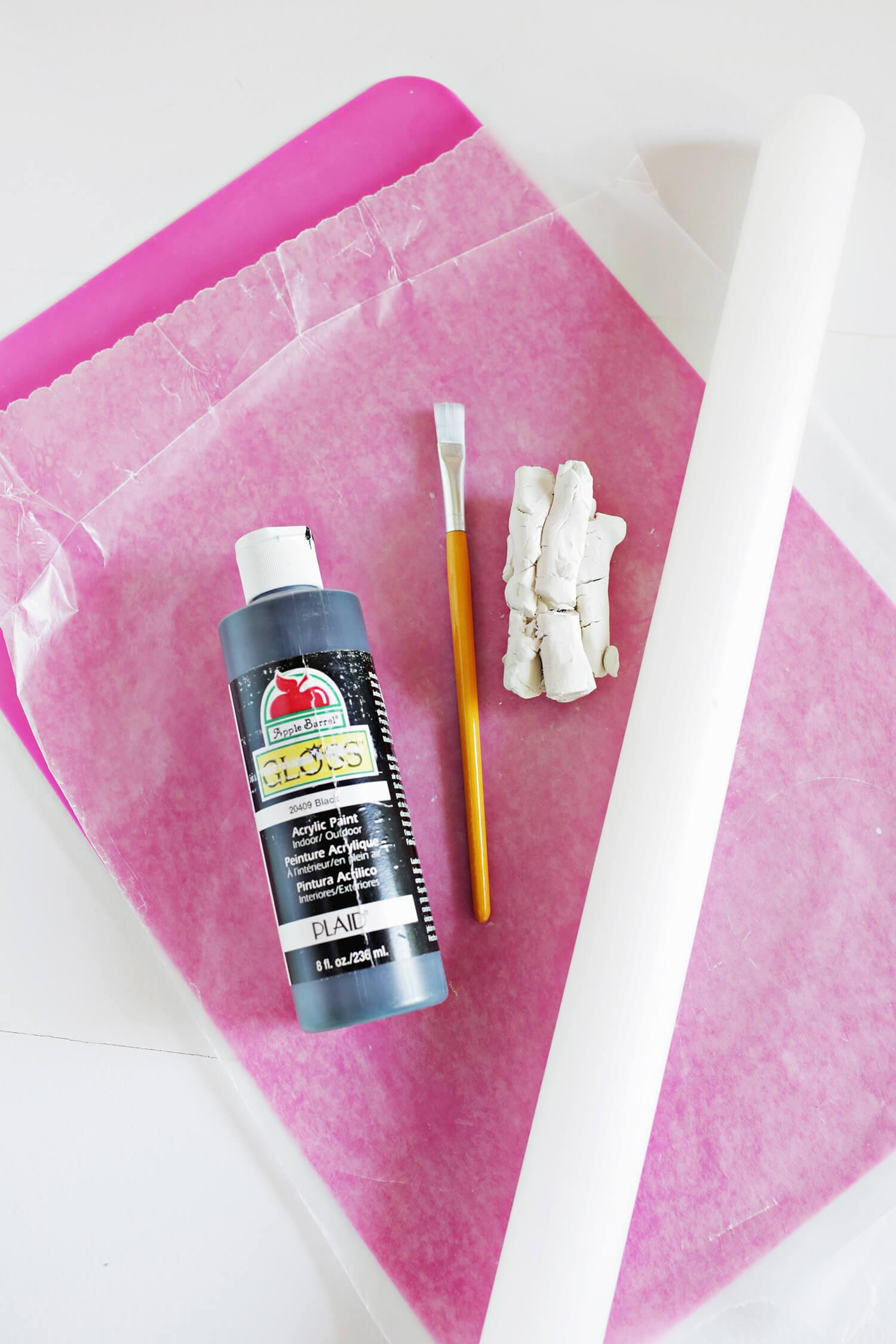 DIY Splatter Napkin Rings (click through for tutorial)