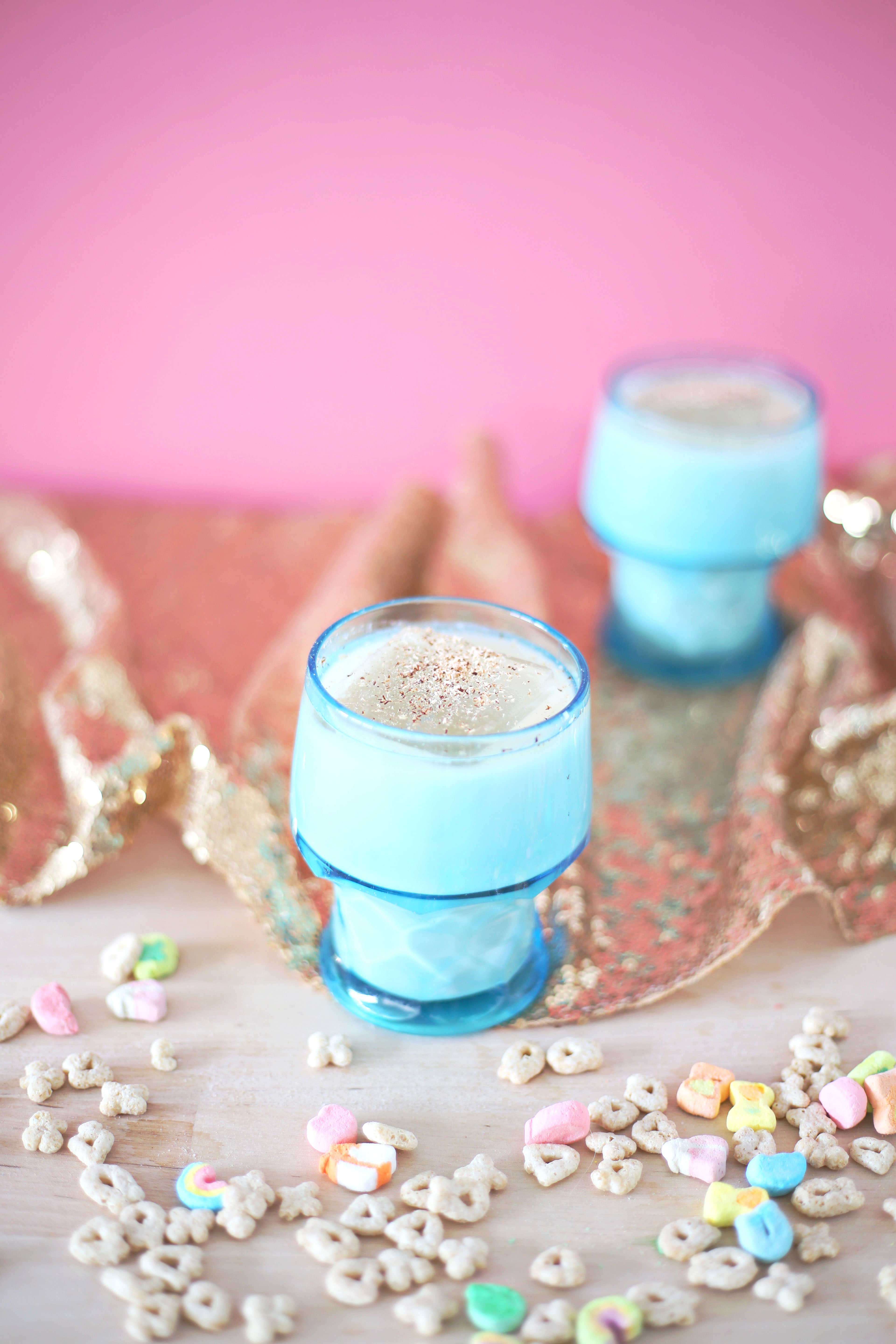 Lucky Charms Cereal Milk Punch (click through for recipe)