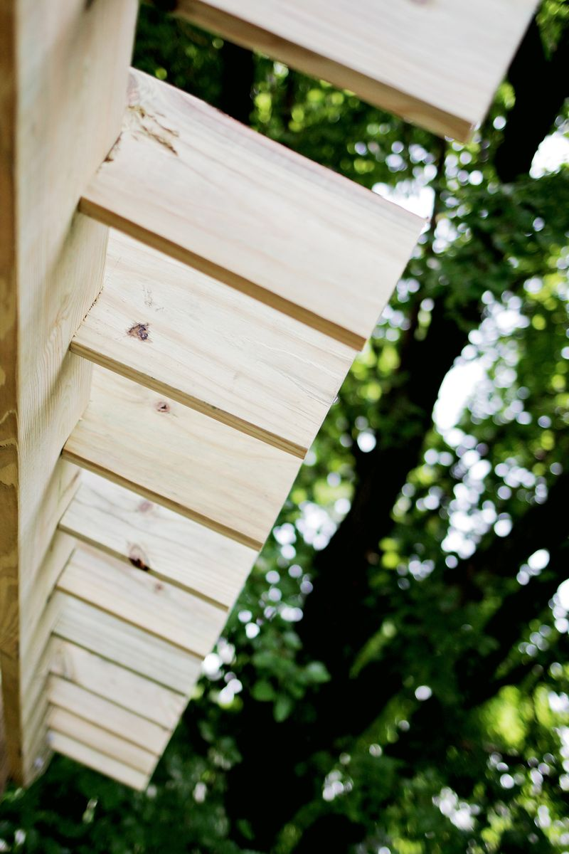 Build a pergola - lag bolting (click through for more info)