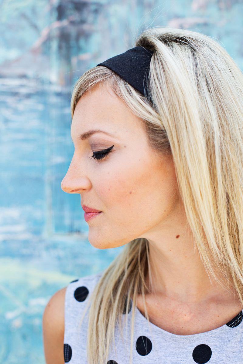 Easiest ever cat eye eyeliner tricks