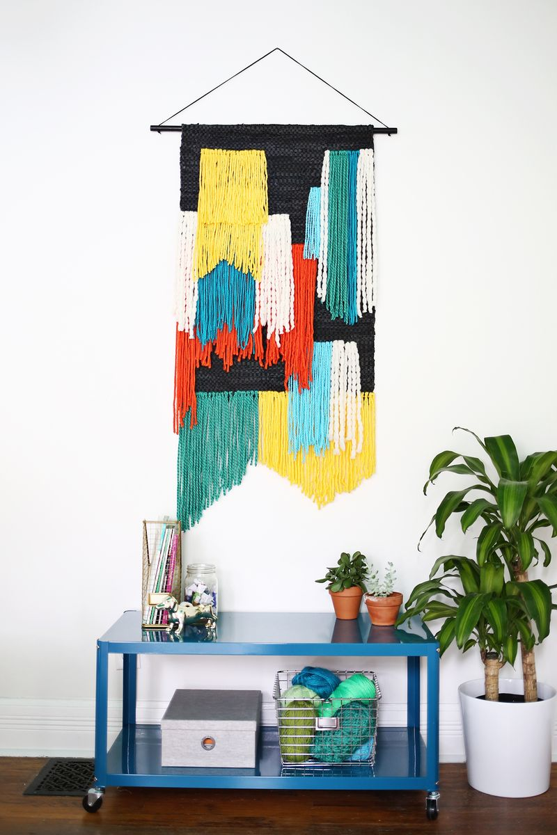 Fast and easy wall hanging
