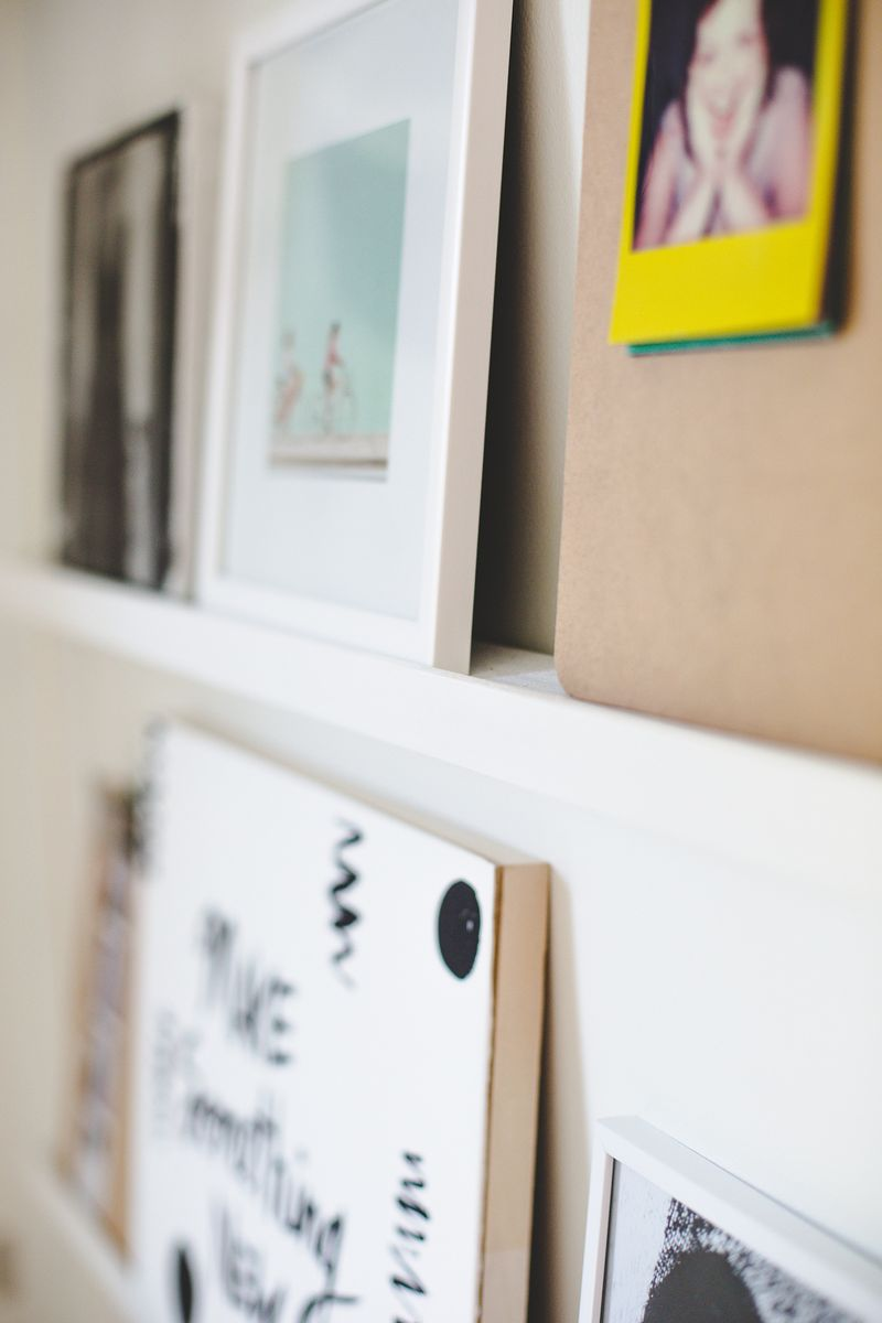 Hanging poster shelf (click to learn more)