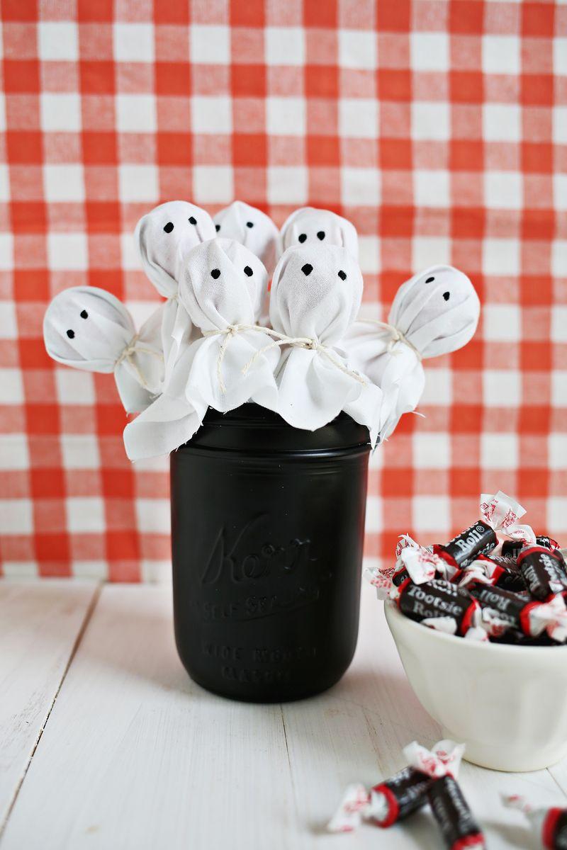 Ghost lollipop bouquet