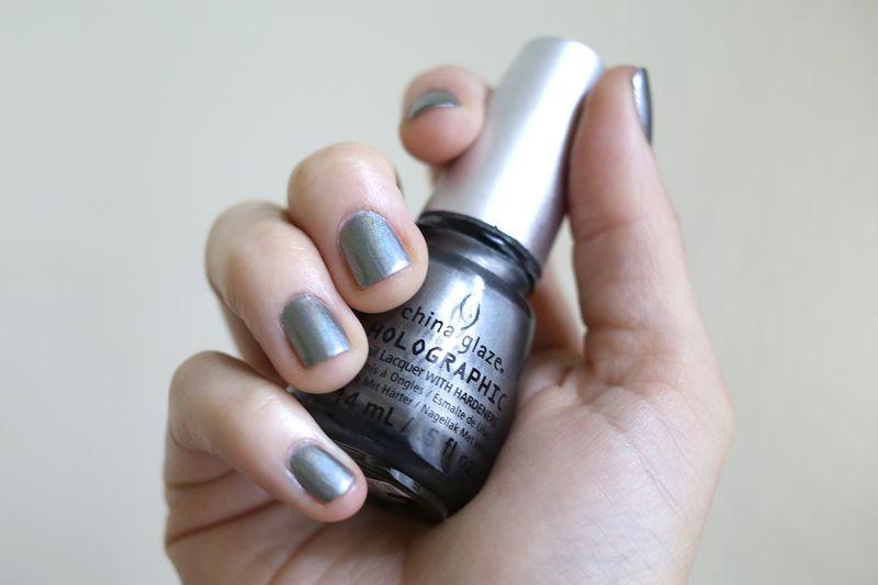 Holographic and Iridescent Nail Polish - A Beautiful Mess