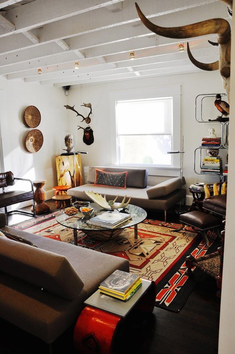 Southwestern-modern-living-room