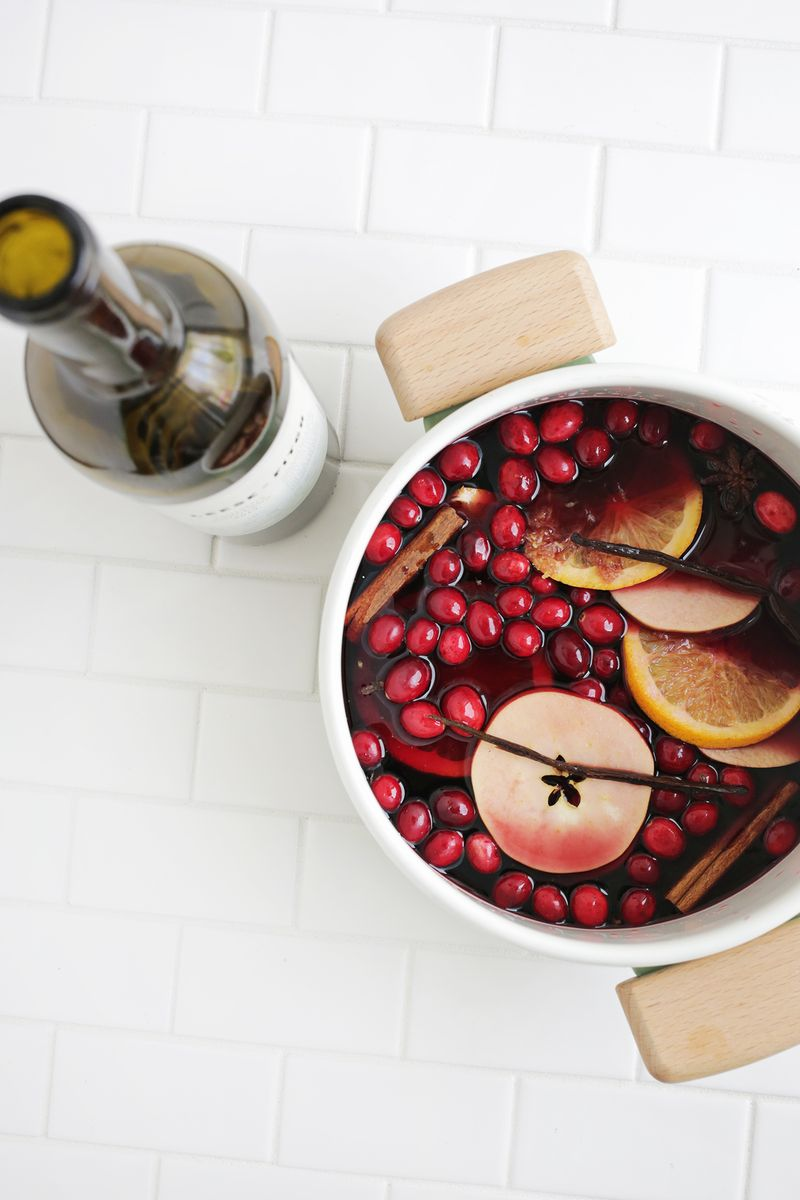 Mix and match mulled wine-perfect for the holidays! (click through for more)