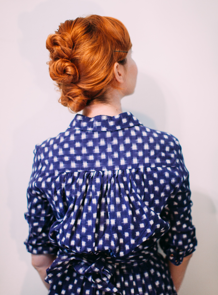 Easy messy updo (click-through for the full tutorial)