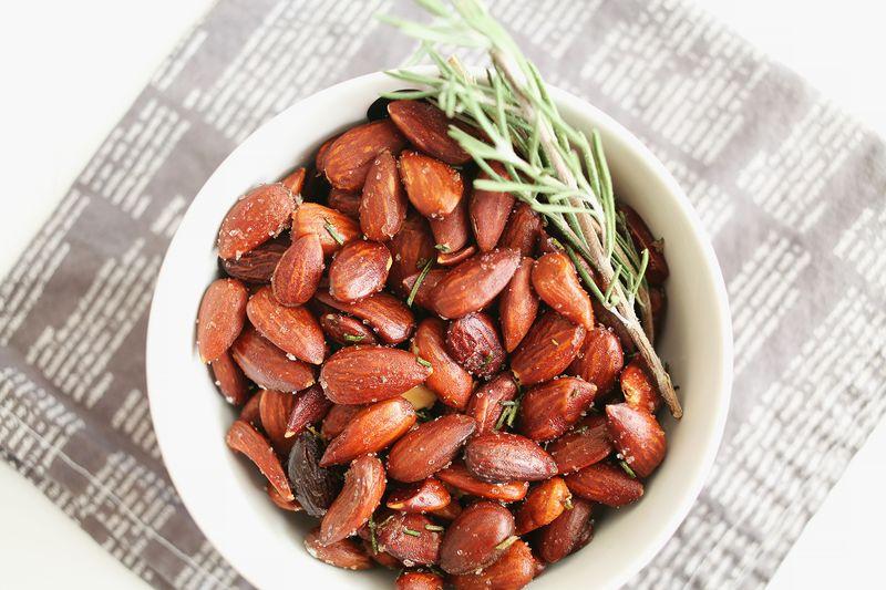 Rosemary Roasted Almonds