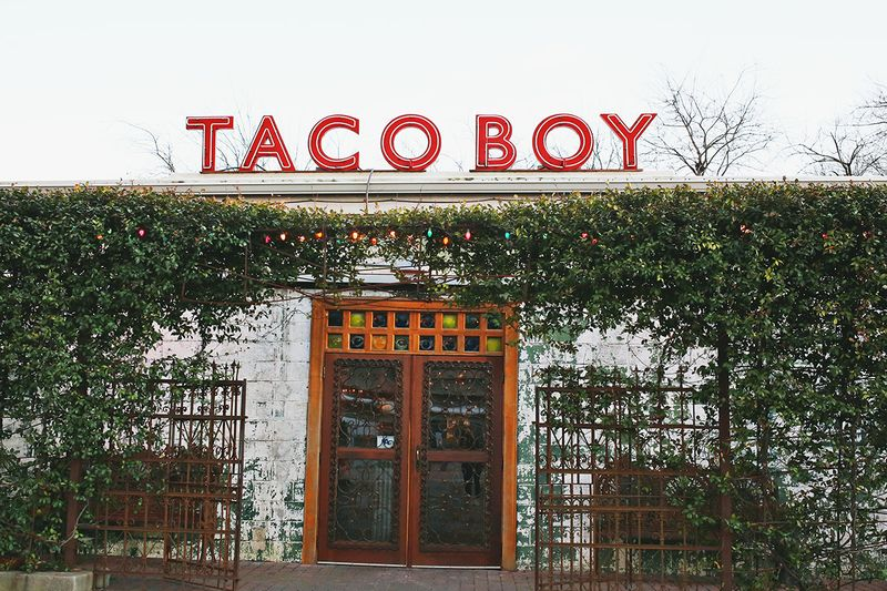Taco Boy in Charleston, South Carolina (click through for a full travel guide!)