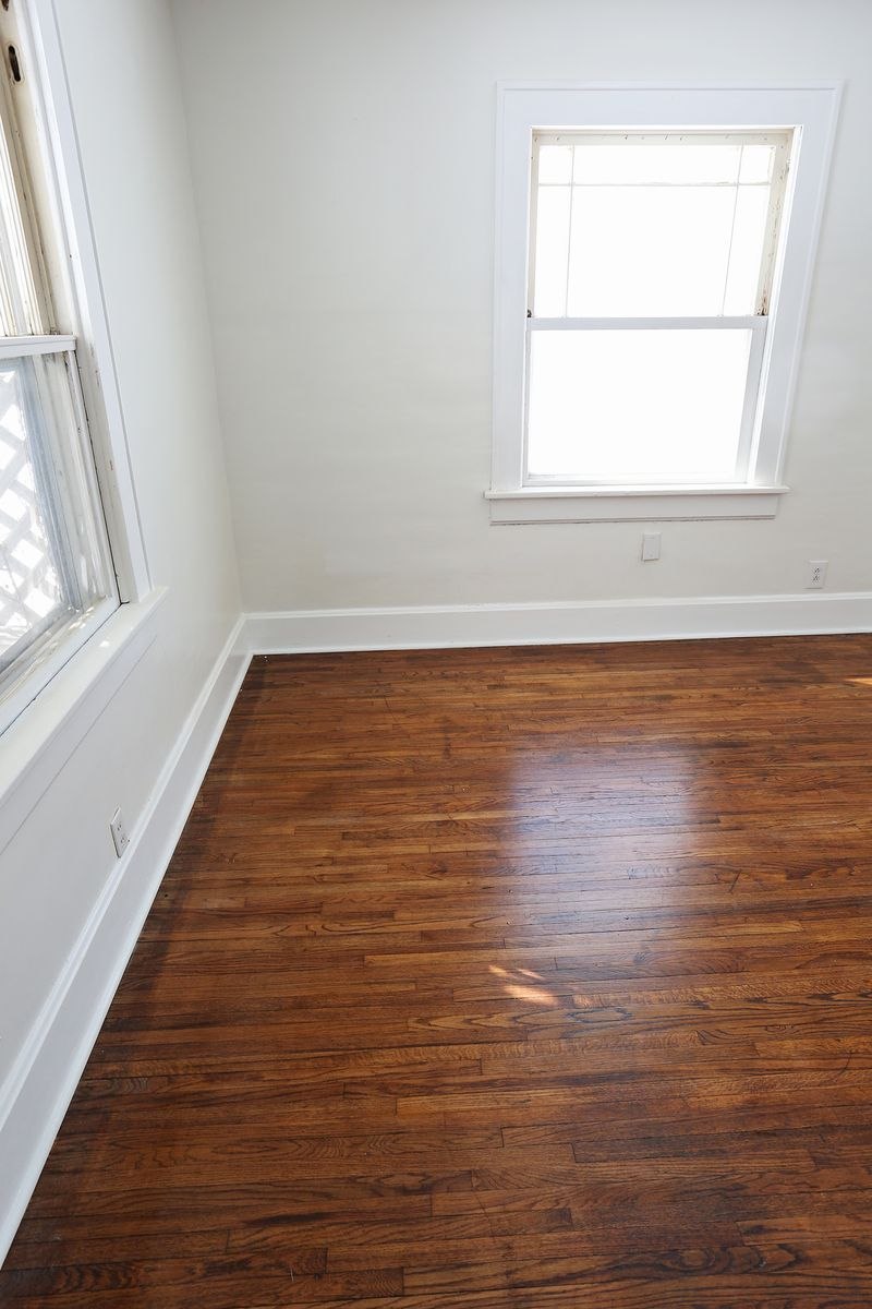 Tips To Re Old Hardwood Floors