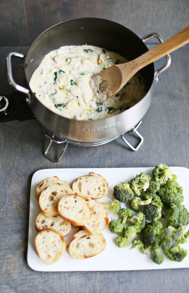 Spinach + Artichoke Fondue (via abeautifulmess.com)