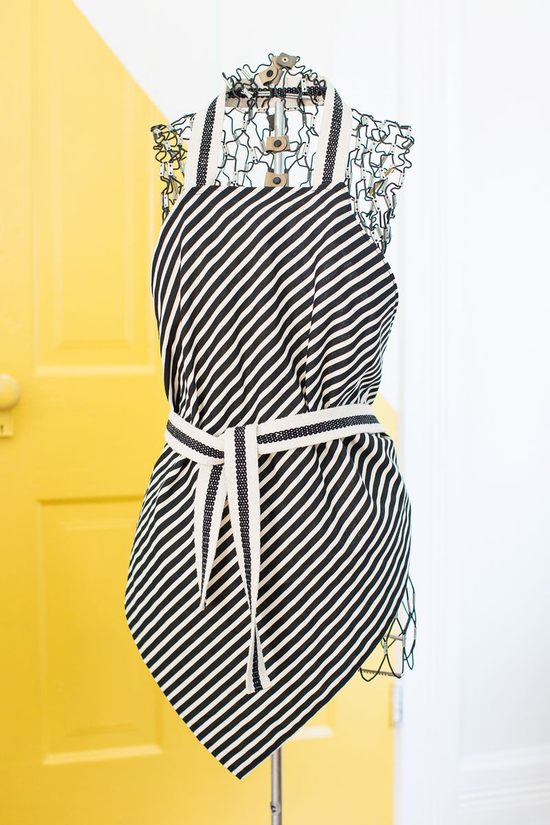 How to make a square apron