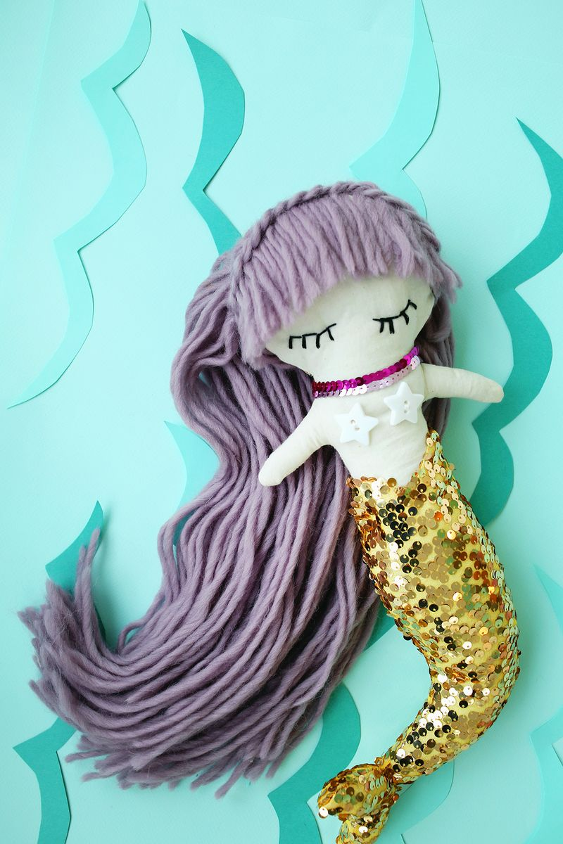 Make your own mermaid doll! (click through for downloadable pattern)
