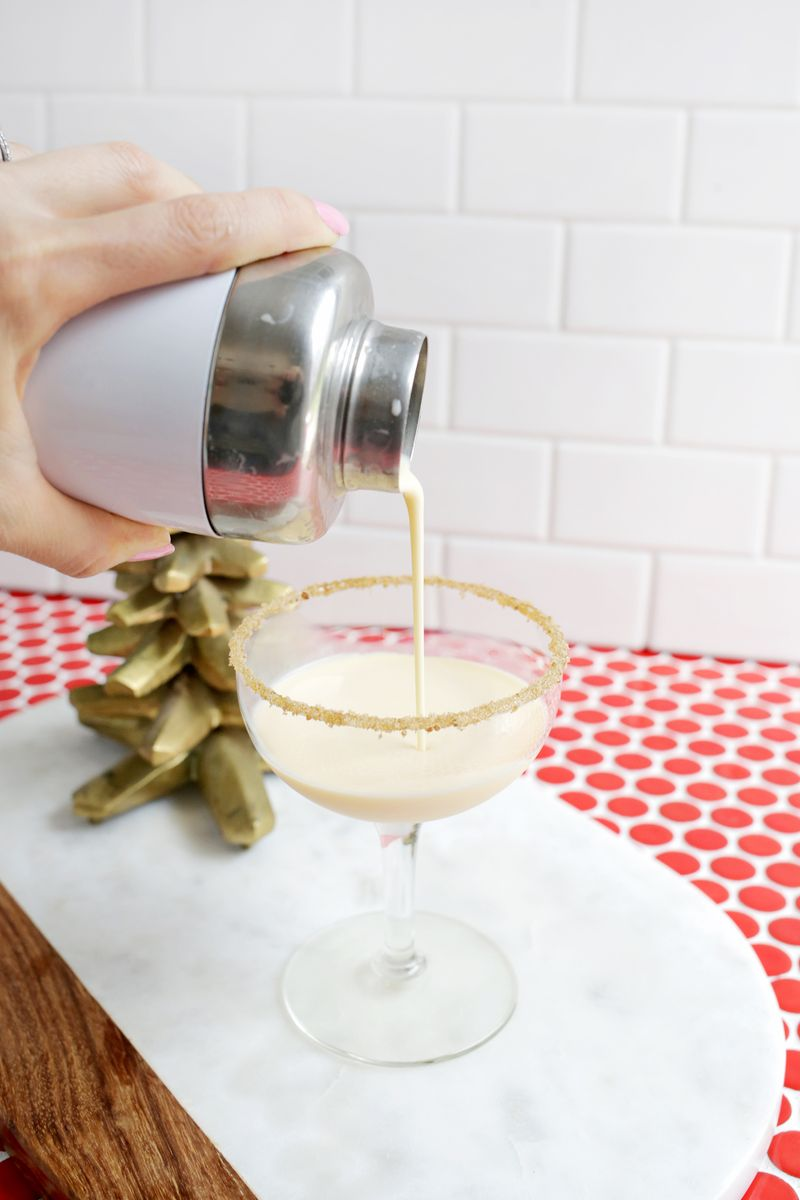Eggnog Martini, yes please! (click through for recipe