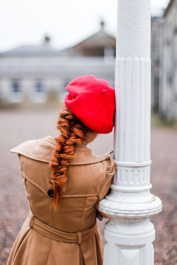 Easy hairstyles for hats (click-through for new ideas to style your favorite hats)