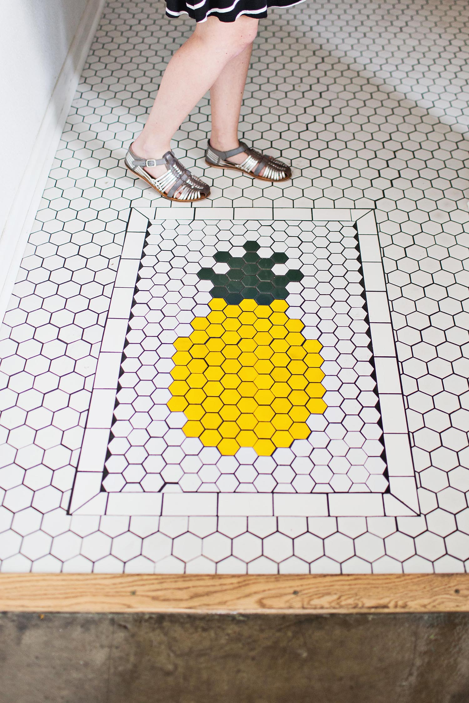 The Golden Girl Rum Club pineapple tile