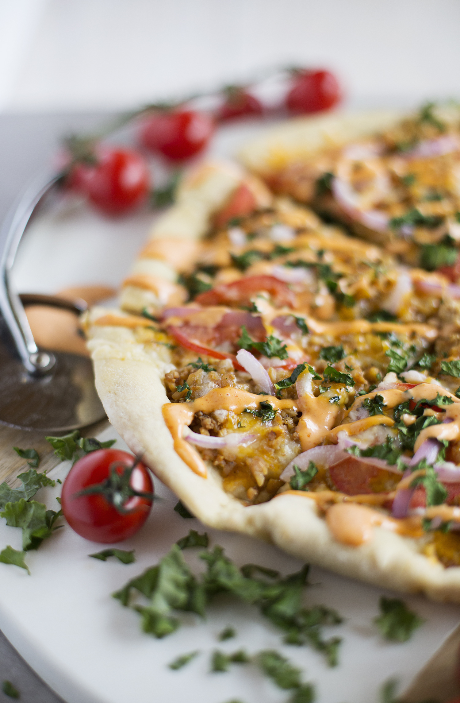 Vegetarian Cheeseburger Pizza (via abeautifulmess.com)