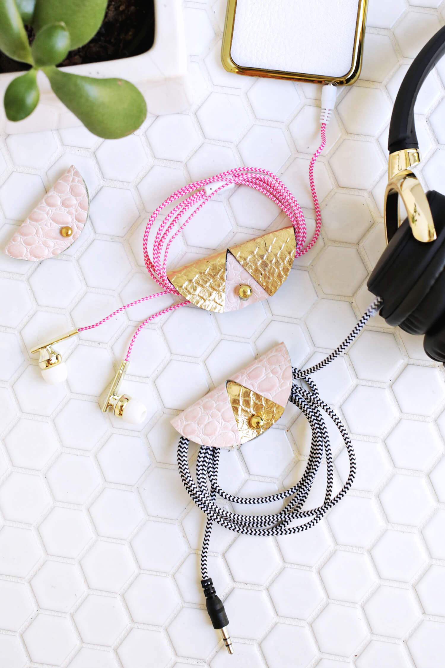 Easy Leather Cord Keeper DIY (click through for tutorial