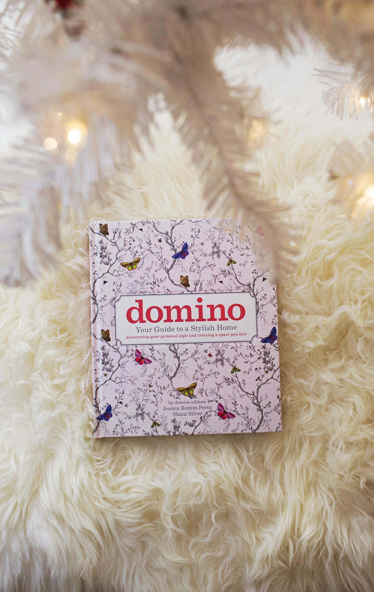 Domino book