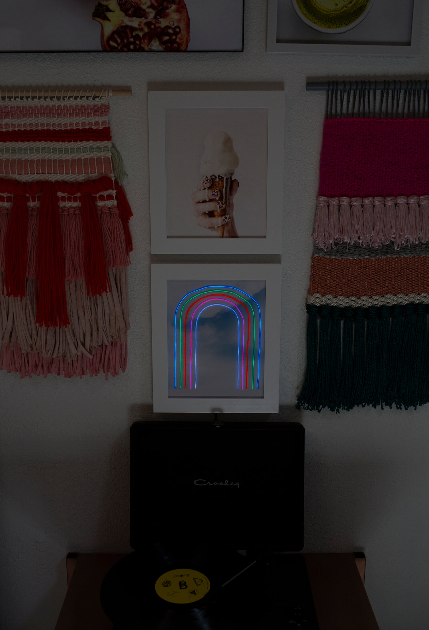 DIY Rainbow Neon Sign (via abeautifulmess.com)